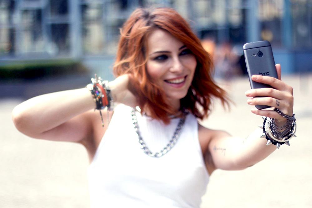 masha sedgwick htc one mini 2 review blogger fashion week berlin deutsch vergleich preis gewinnen gewinnspiel