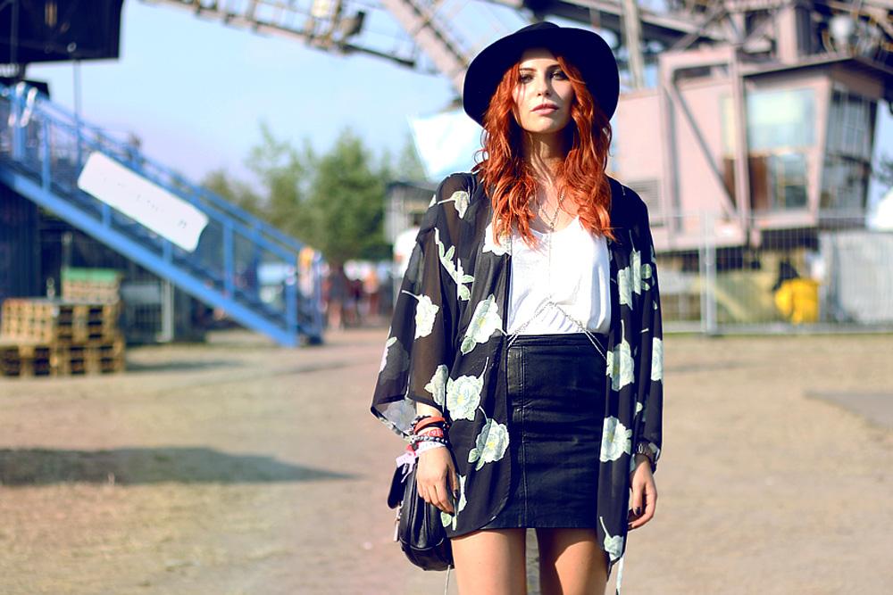 festival outfit style kimono girls melt coachelle street style
