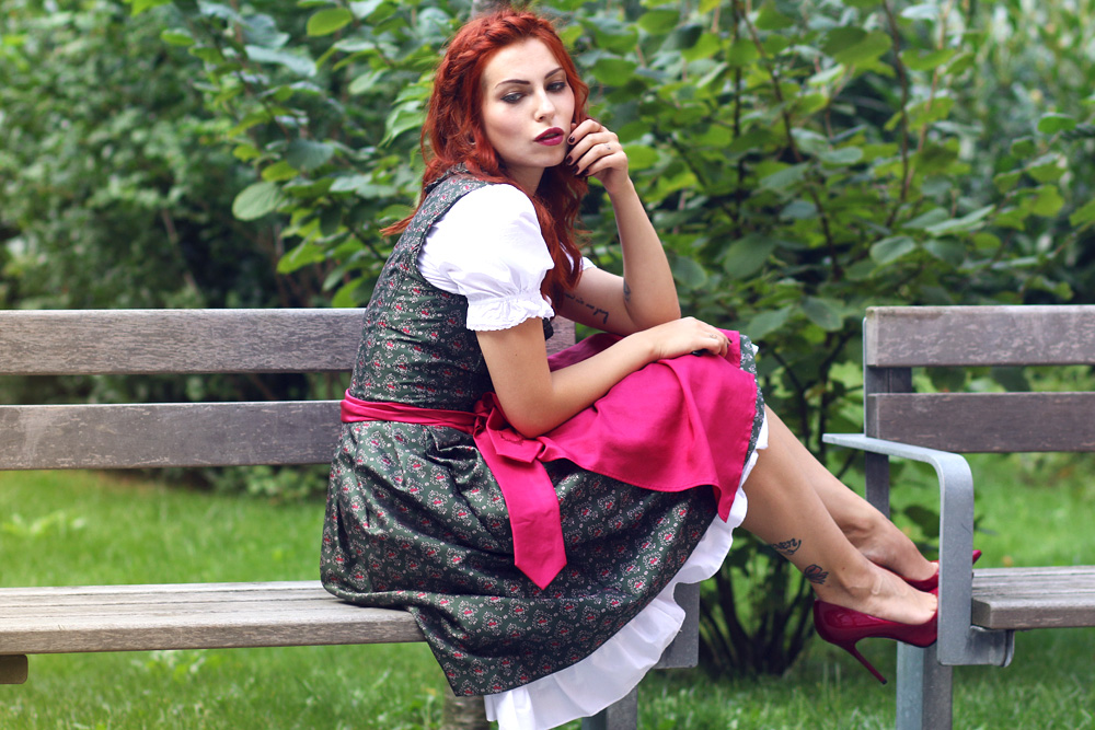 Outfit: das Dirndloutfit: the dirndl | Fashion Blog from