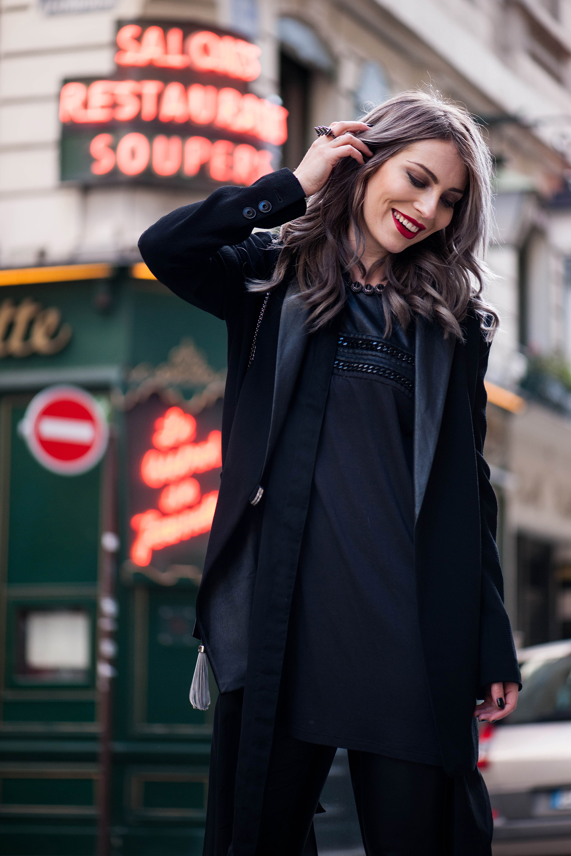 70s-leather-flared-pants-streetstyle-paris-6