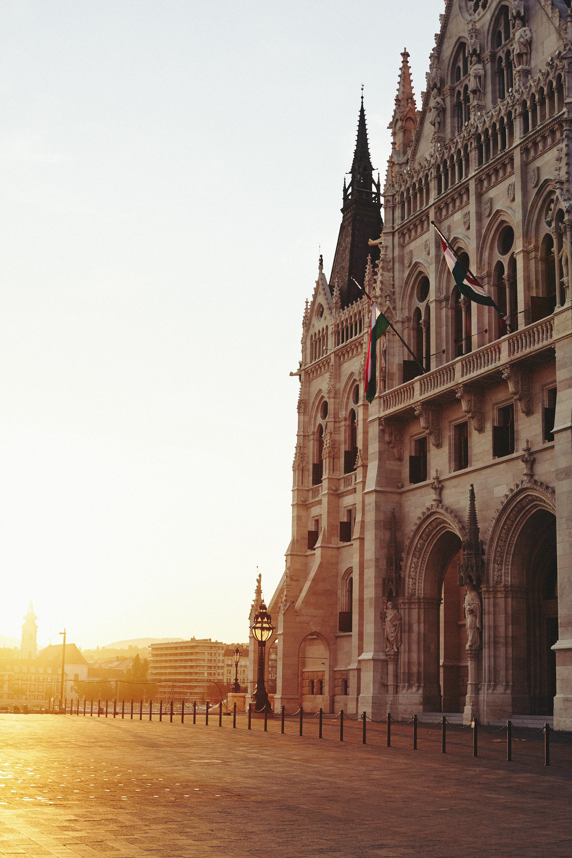 maxmotel_budapest_aug2015_day01_09_parliament_evening_0460