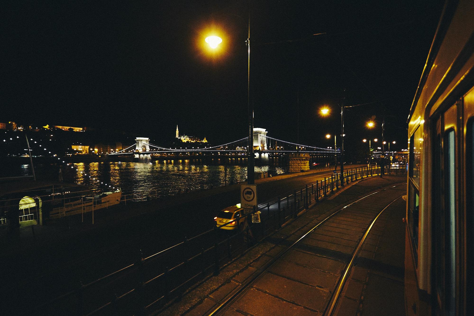 maxmotel_budapest_aug2015_day02_18_night_1776