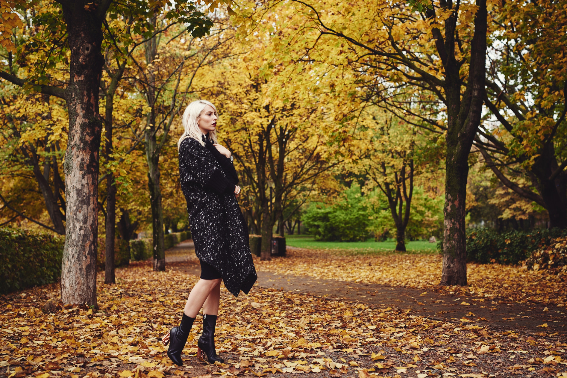 this one of my favorite pictures of 2015 | view more on my blog | best of: 2015 | Masha Sedgwick, fashion blog from Berlin | Autumn atmosphere in Berlin