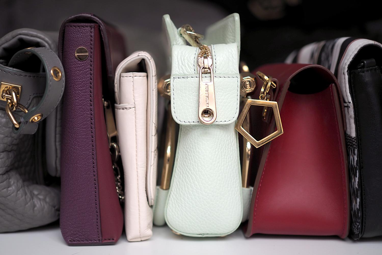 ecca8c766b55f Fake vs. Original – die UnterschiedeHandbags – The Real Deal ...