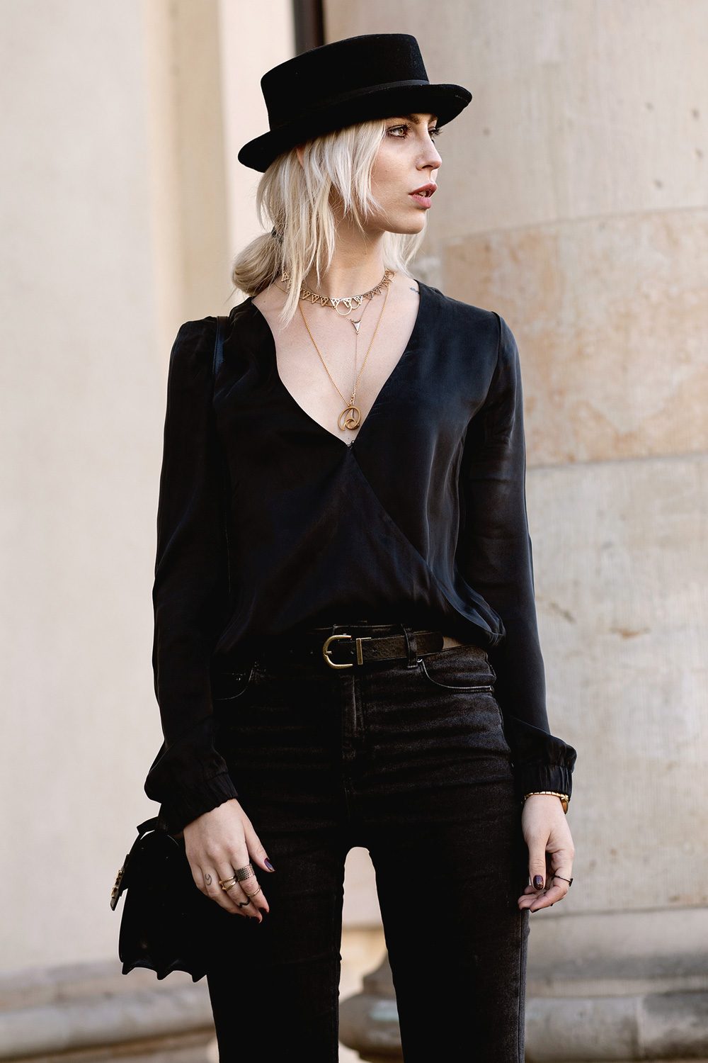 black-circus-outfit-4