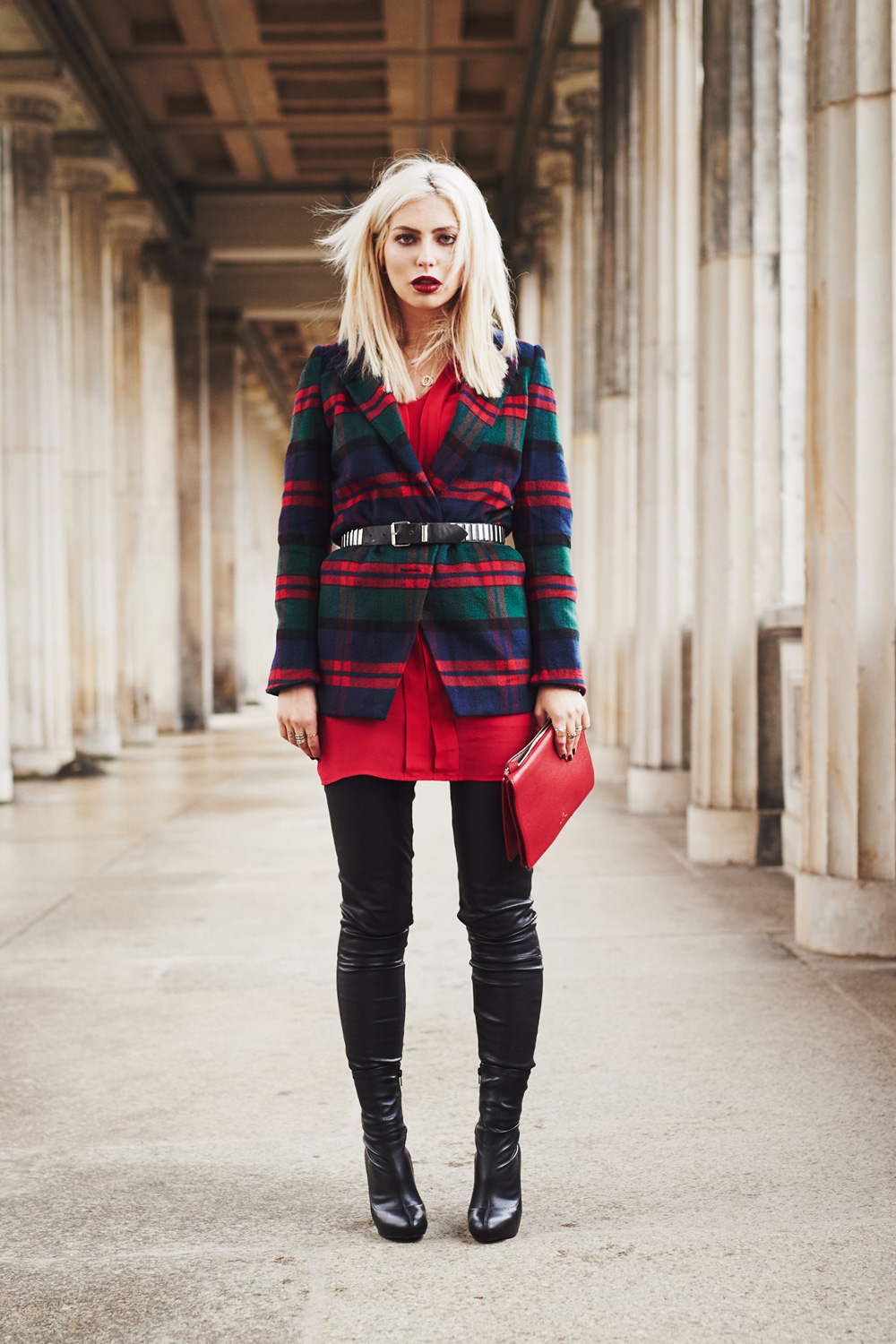read the full post on my blog | Valentinstag | rotes Kleid | Kala Berlin | outfit