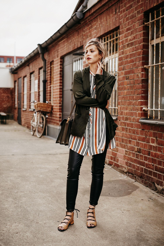 Olive Green Fashion Blog From Germany Modeblog Aus Deutschland