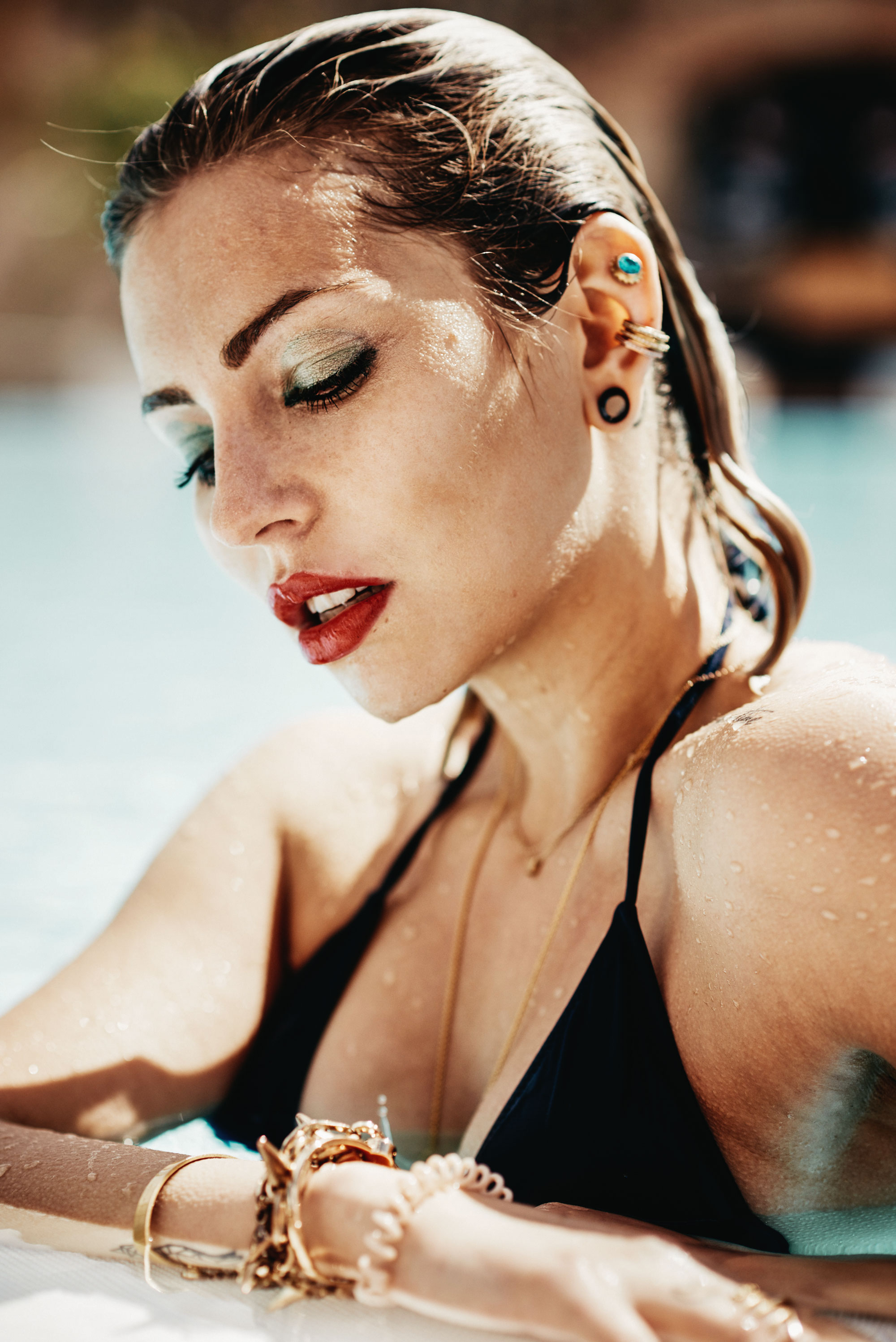 Pool Shooting | location: Haubentaucher, Berlin | YSL cosmetics waterproof | find more pictures on my blog