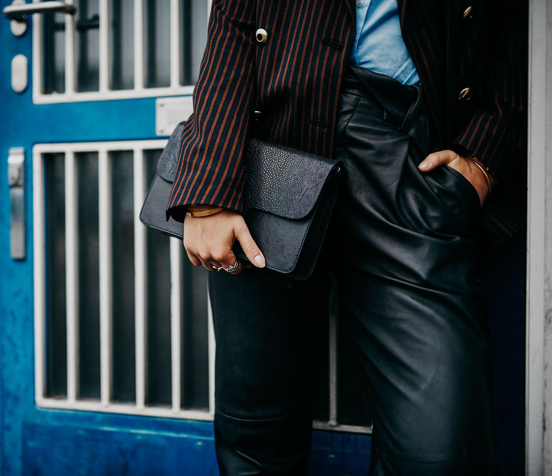 Колледж, школа, офисный стиль   горячий, дресс-код   полосатый блейзер и рубашка от Baum & Pferdgarten