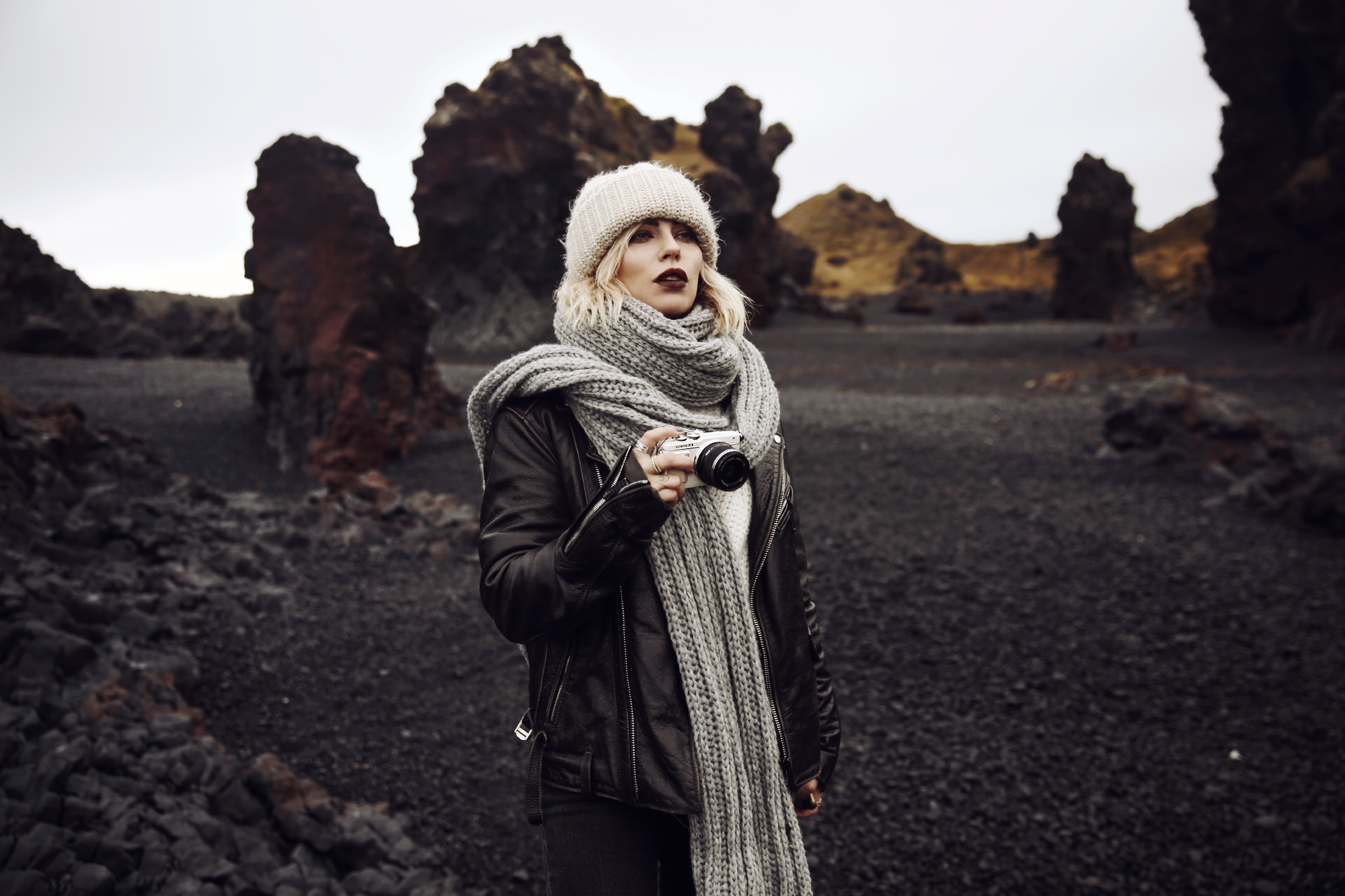 Iceland Diary | landscapes | hot spots | travel destination | black beach | vulcan stones