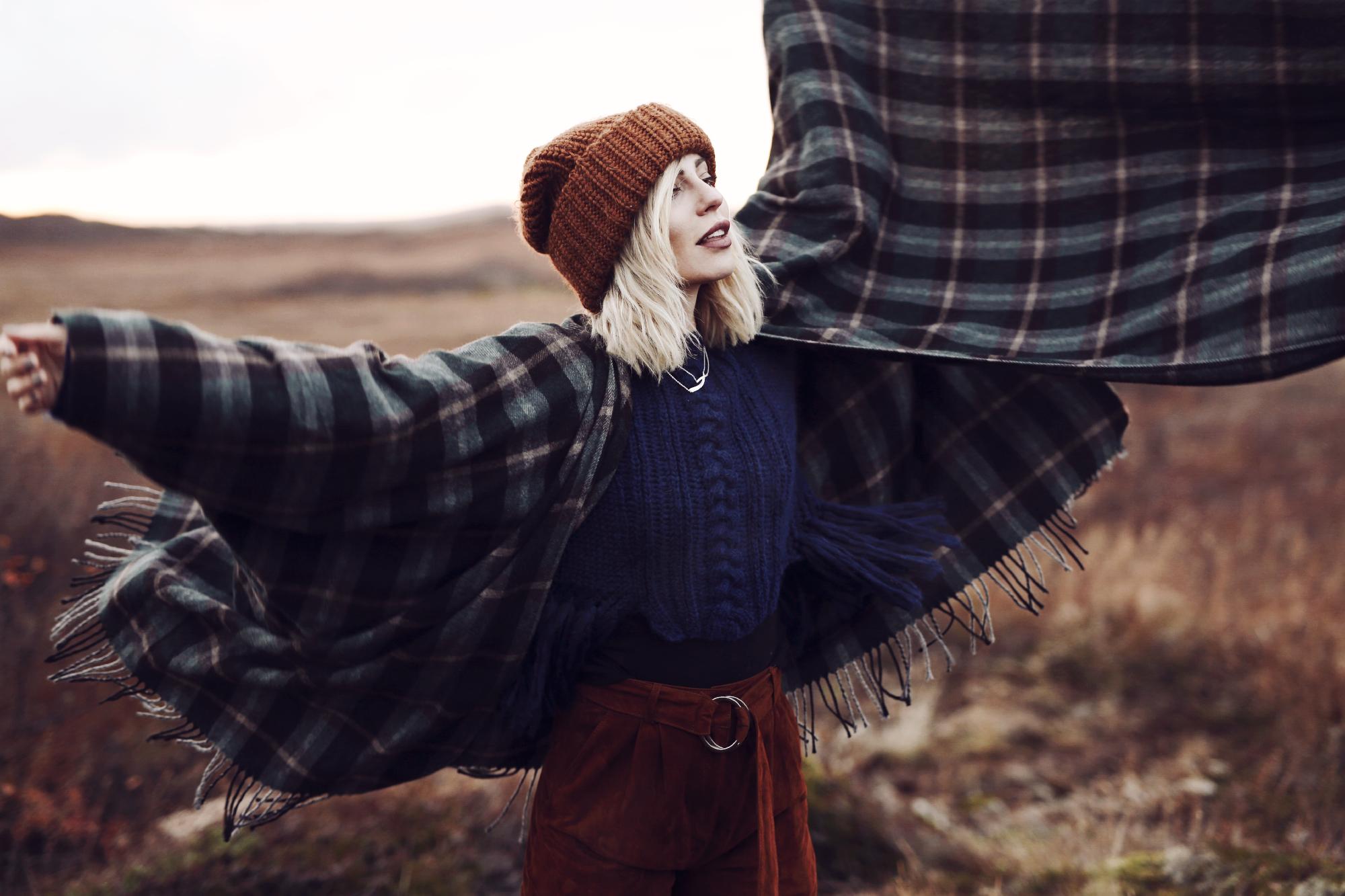 Trachtenmode modern interpretiert | Bergsteiger | style: german, folkloric, modern, stylish, traditional, nature, autumn, checked