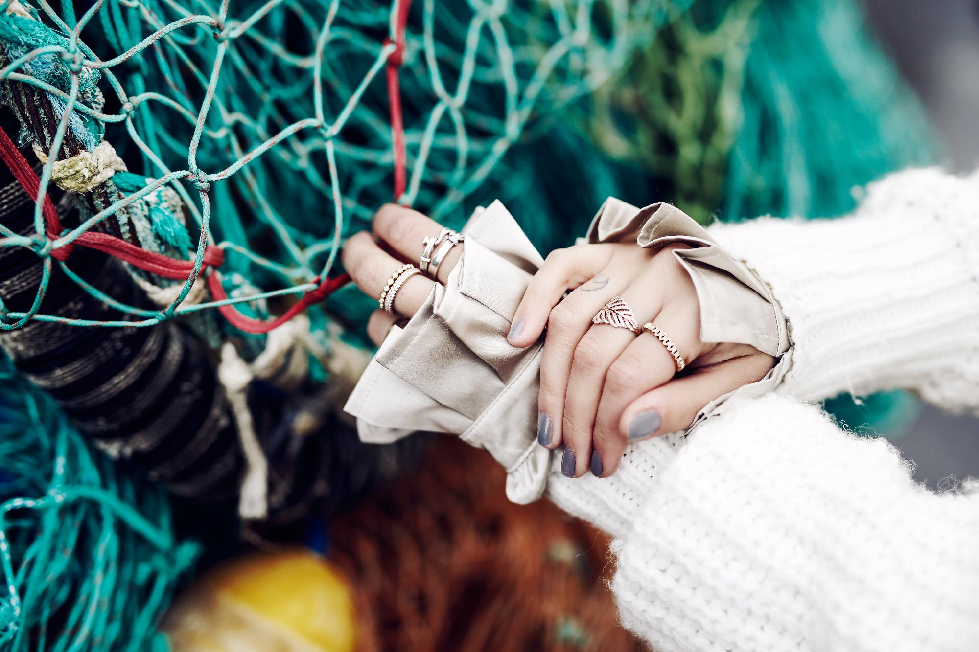 место: Fishnet, Исландия| стиль: шик, горячий, тепо, удобный, сексуальный | высокая мода