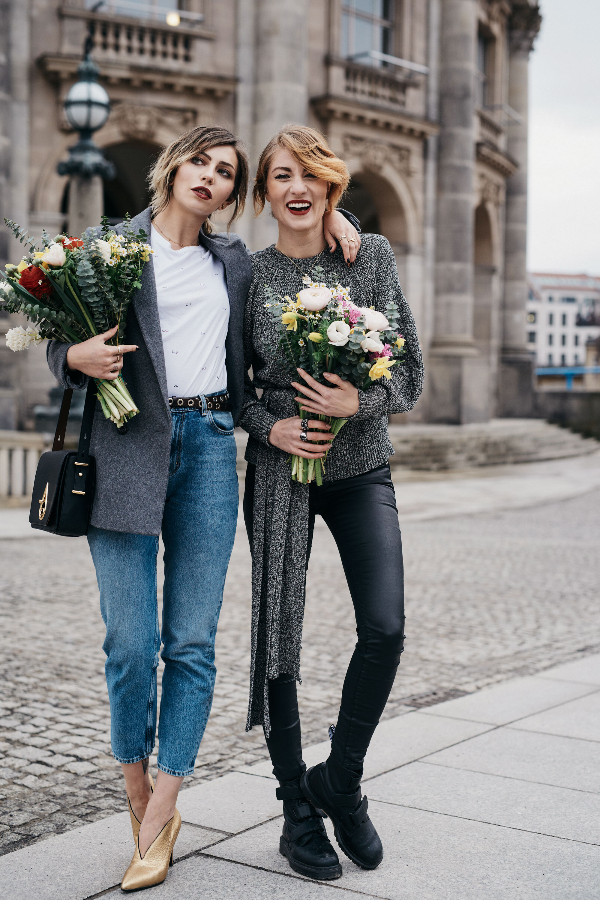 8.3. - Weltfrauentag | Kolumne | BFF: Masha Sedgwick & Lisa Banholzer | Matchalatte | Blogger aus Berlin | Best Friend Shooting with Flowers