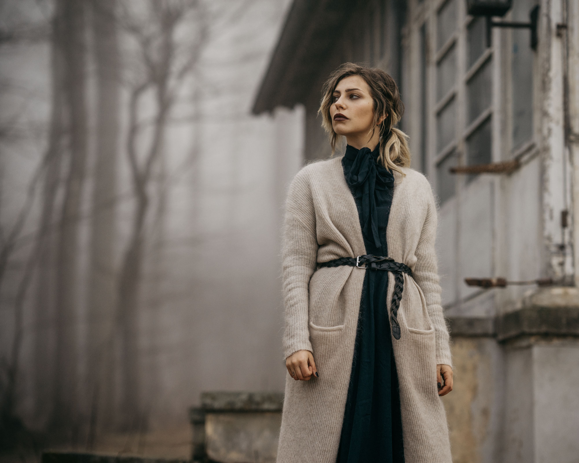 Gespensterwald, Ostsee | Fashion Editorial | shooting style: emotional, sad, moody, forest