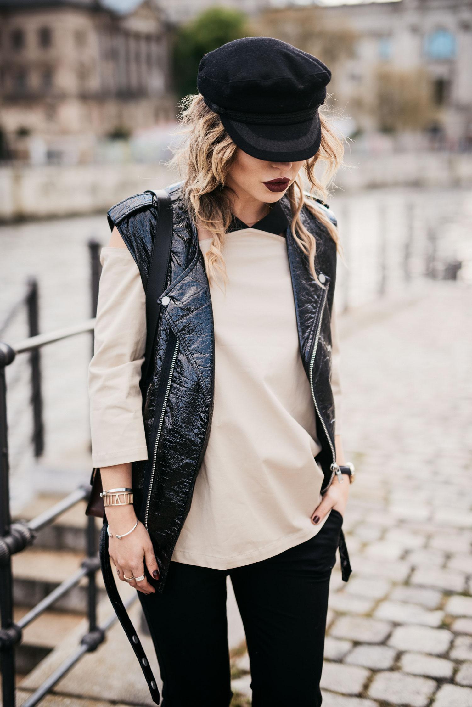 Модная тенденцию: Брюки с оборками | блоггер, образ, вдохновение | Стиль: 70-ые, женственный, современный, необычный, 80-ые | короткие брюки с оборками
