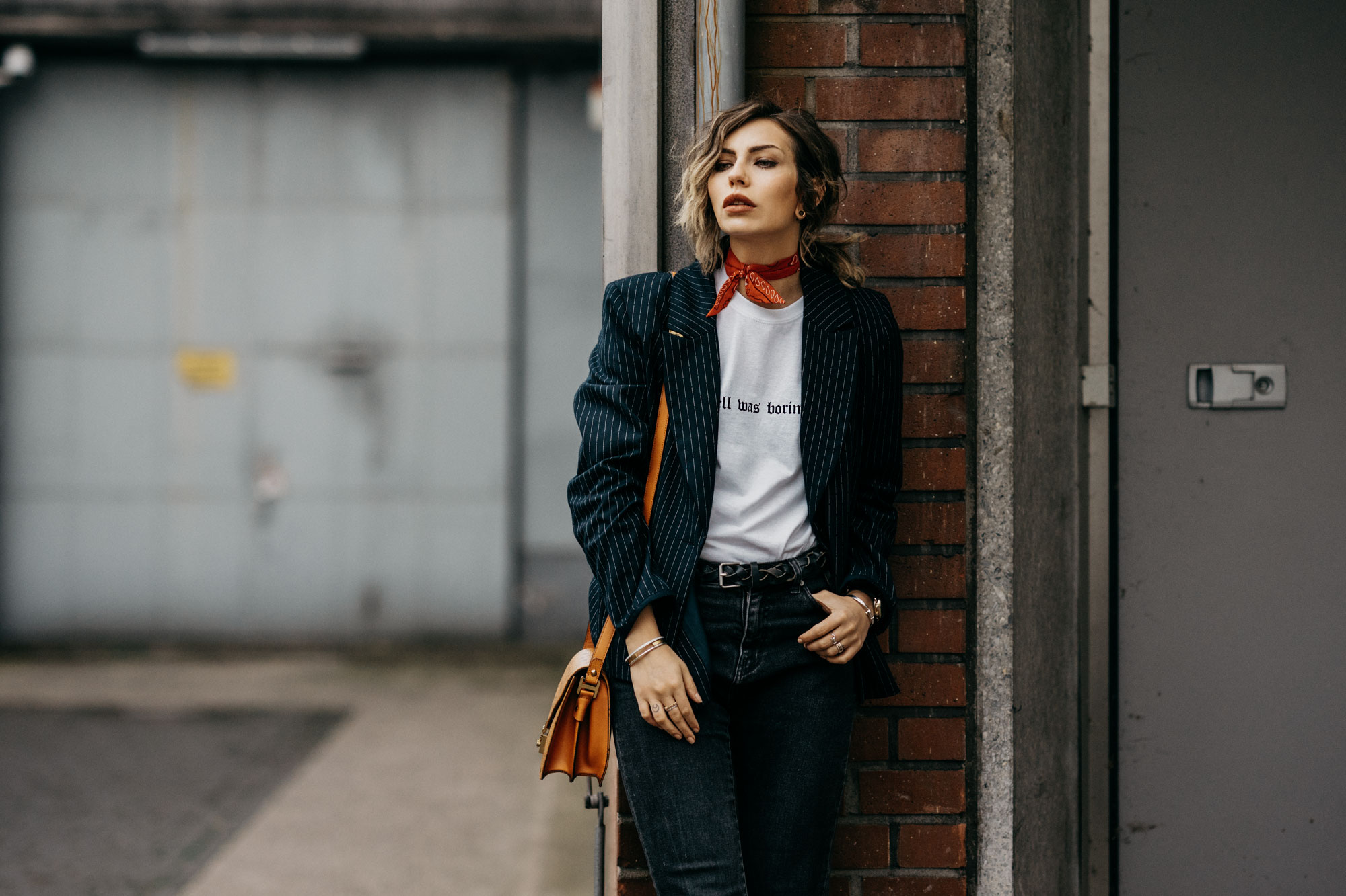 How to combine a statement shirt | outfit inspiration | style: effortless, Zara, basic, cool, MCM bag, bandana, edgy, grunge, scandinavian