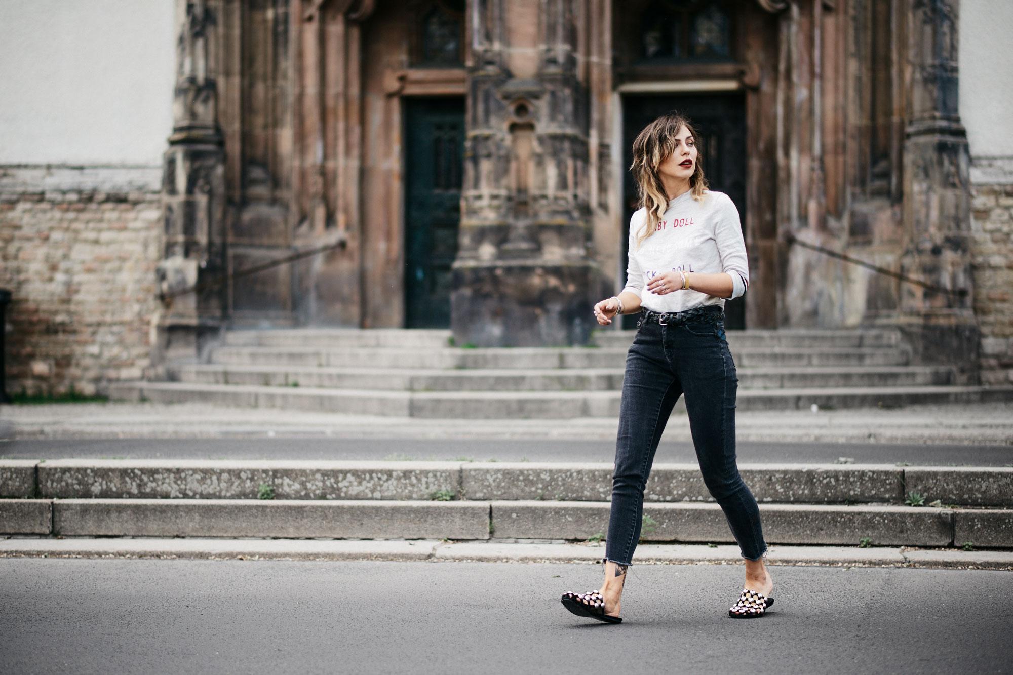 Уличный стиль | лейблы: Zara, Zoe Karssen, Alexander Wang | образ: повседневный, броский, французский