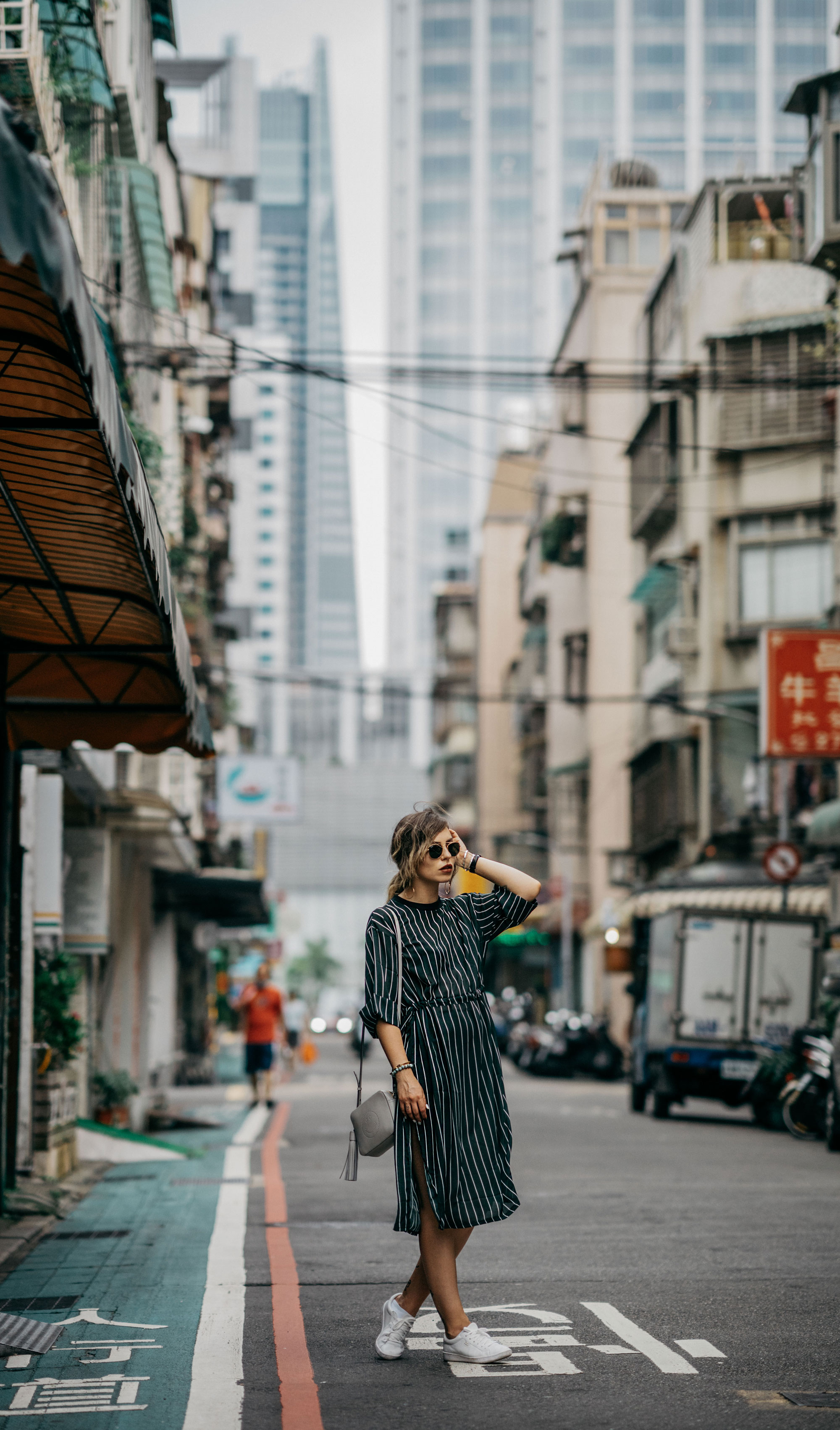 Street Style in Taipei, Taiwan | style: metropolitan, sporty, tennis, asian, edgy