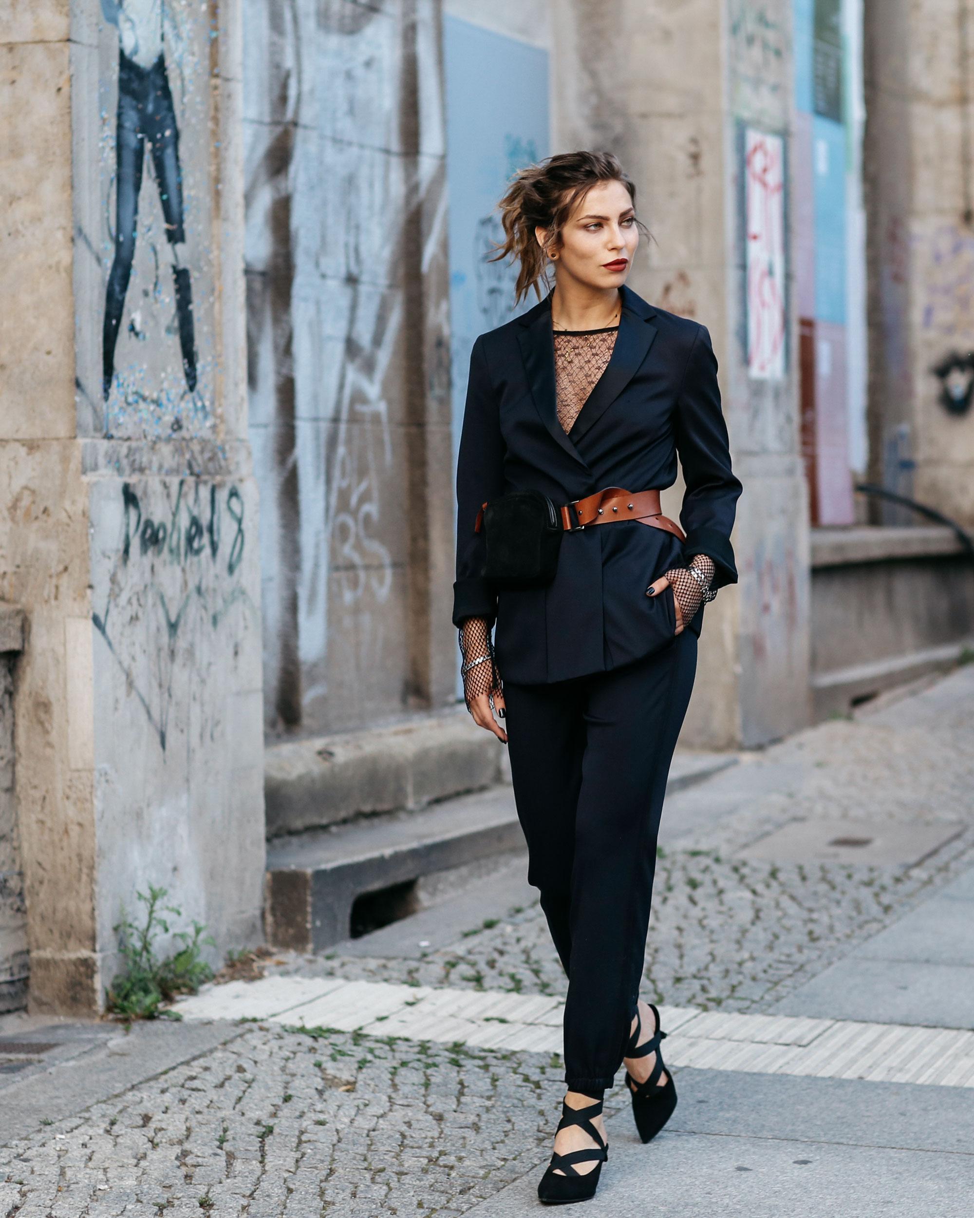 Street Style vor der Dorothee Schumacher Show in Berlin | Juli 2917 | Masha Sedgwick | Foto: Jeremy Möller