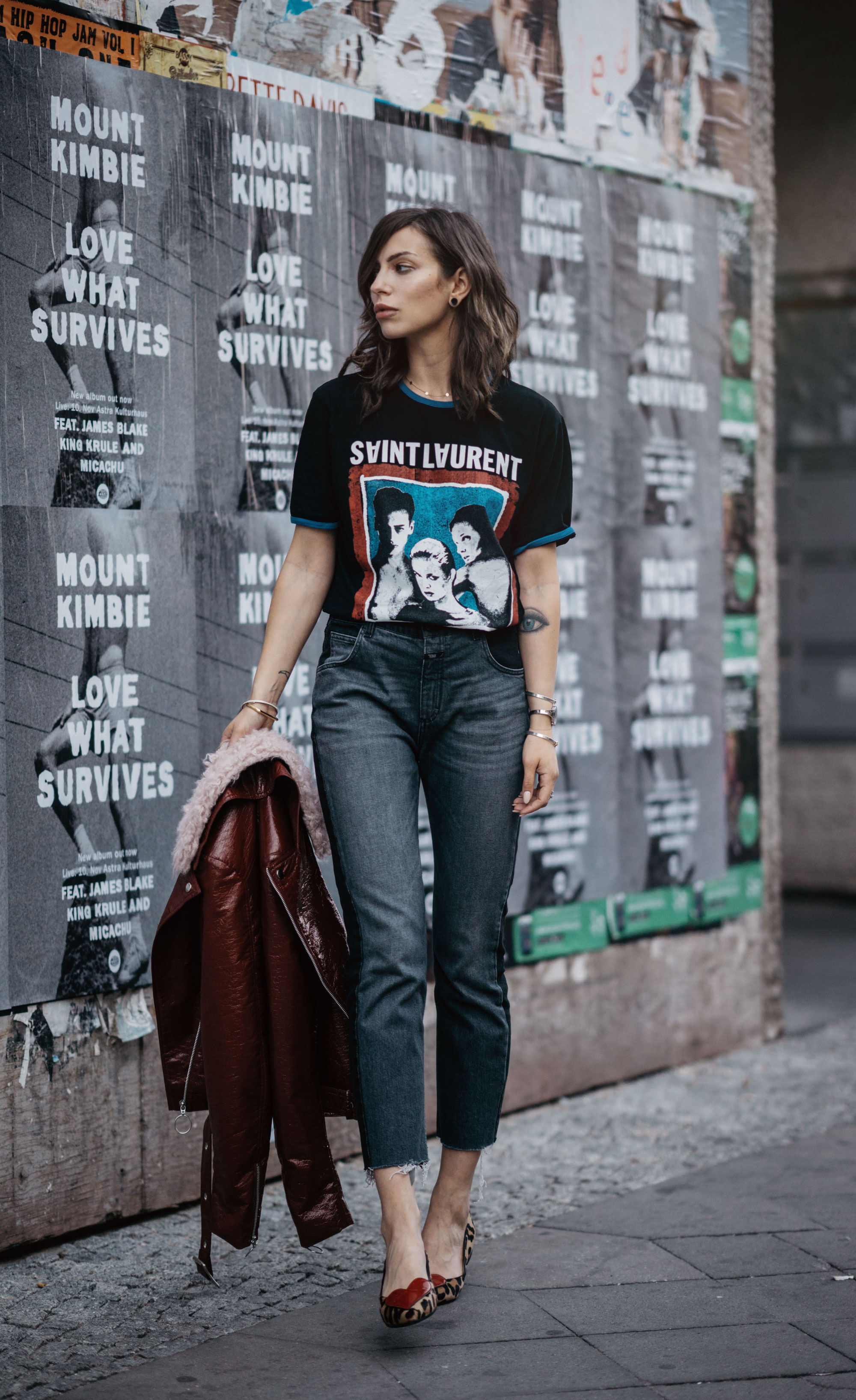 Street Style | brands: Saint Laurent, Navyboot, Closed Jeans | Berlin | Fashion Blogger | fashion style: edgy, cool, band shirt, dark