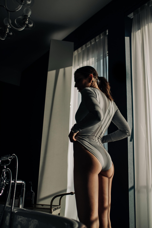 Masha Sedgwick for Wolford | Unterwäsche Shooting | style: sexy, lustig, süß, verspielt | Rockikonen | Vorbilder | Debbie Harry | Blondie | Shooting Location: Grand Ferdinand Hotel, Wien