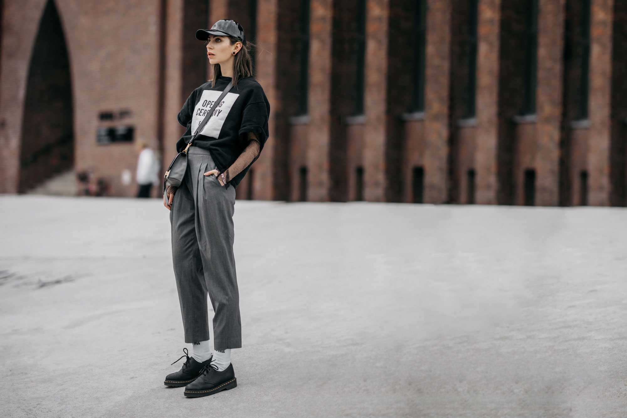 Outfit | Street Style in Berlin | Street Wear | Labels: Dr. Martens, Topshop, Opening Ceremony | style: casual, sporty, tomboy