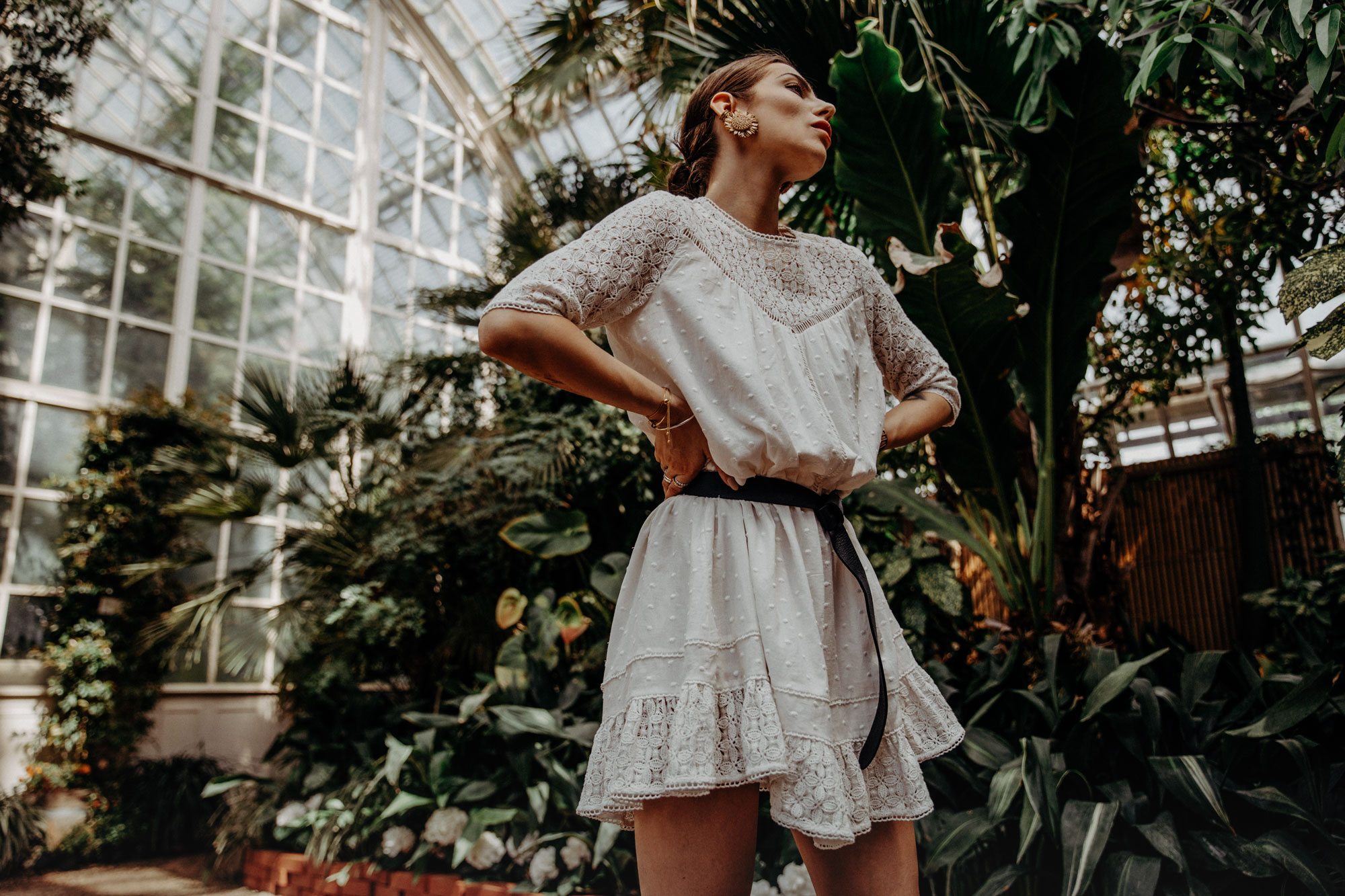 Greenery | Happy | Botanical Garden | Fashion | Style | Blogger | Masha Sedgwick | floral | summer | spring | dress | outfit | look | inspiration | editorial photography | Vienna | Austria | Palm house | dress