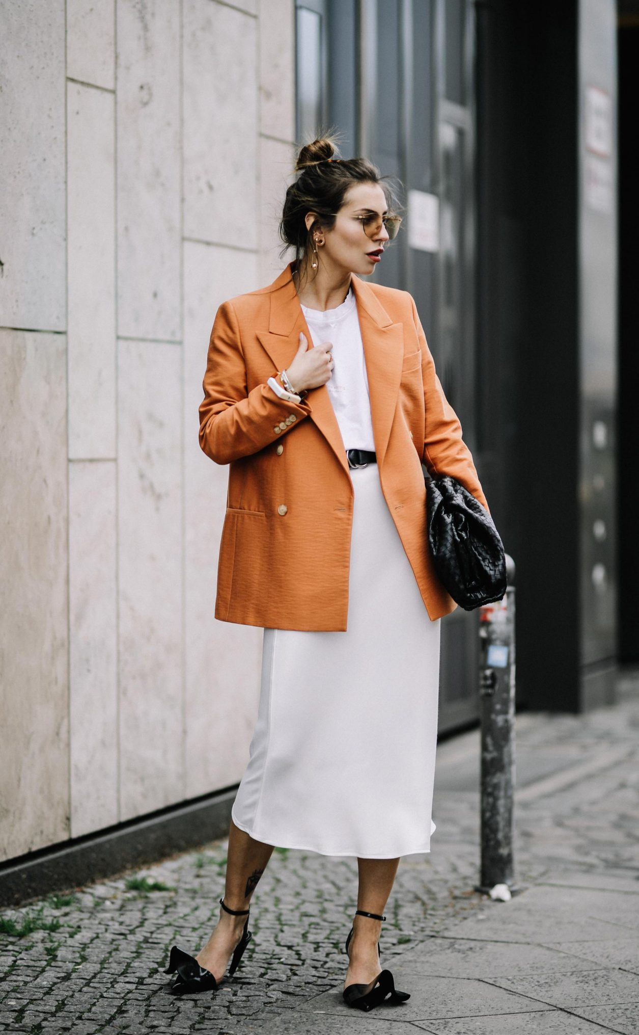 Business Outfit | via Masha Sedgwick | job interview | Fashion tips | Style