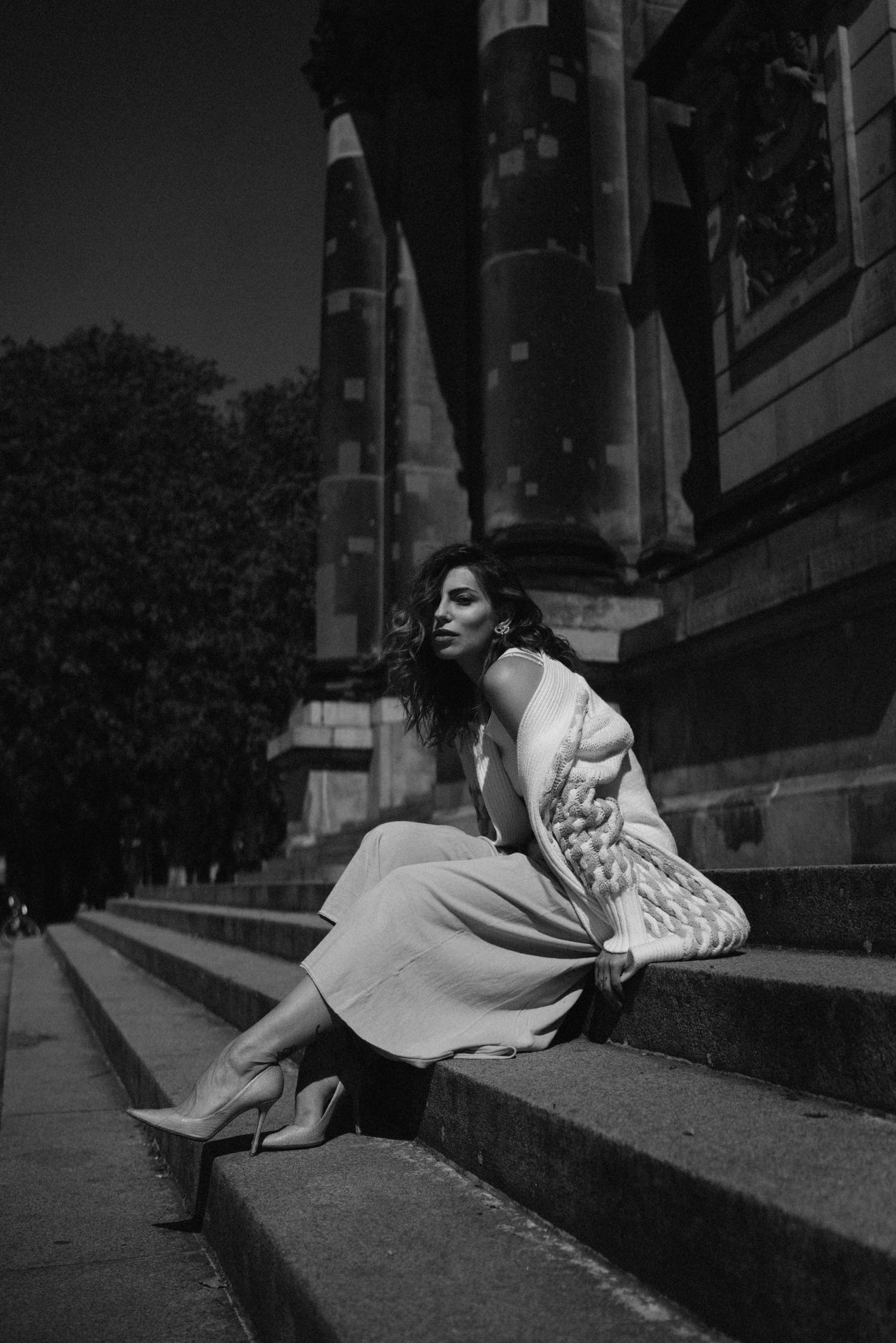 Летний модный материал из Берлина | Stefanel | Маша Седжвик | музей на острове | бежевый оттенок