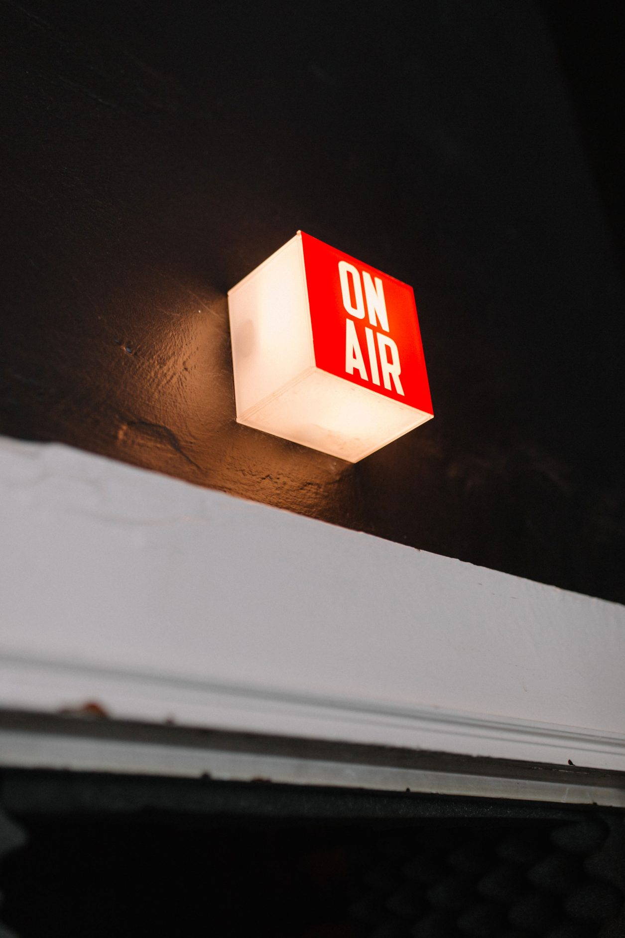 on air sign - voice studio