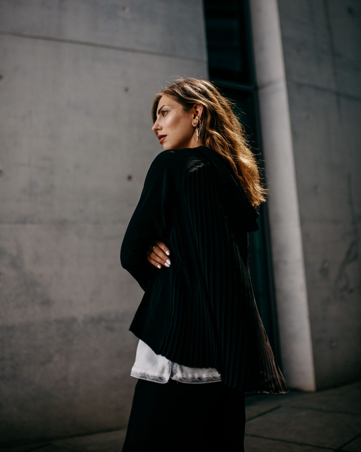 Black & White Fashion Editorial   Berlin   Kanzleramt   Business Shooting