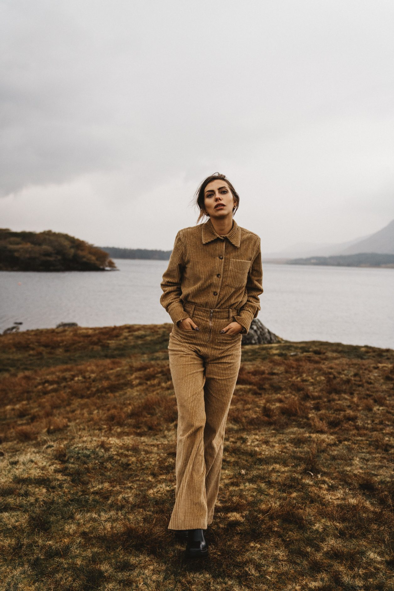 Fashion Editorial in Ireland | beige corduroy two piece from Gestuz | style: moody, dark, edgy, comfy, nature, wild, emotional, portrait