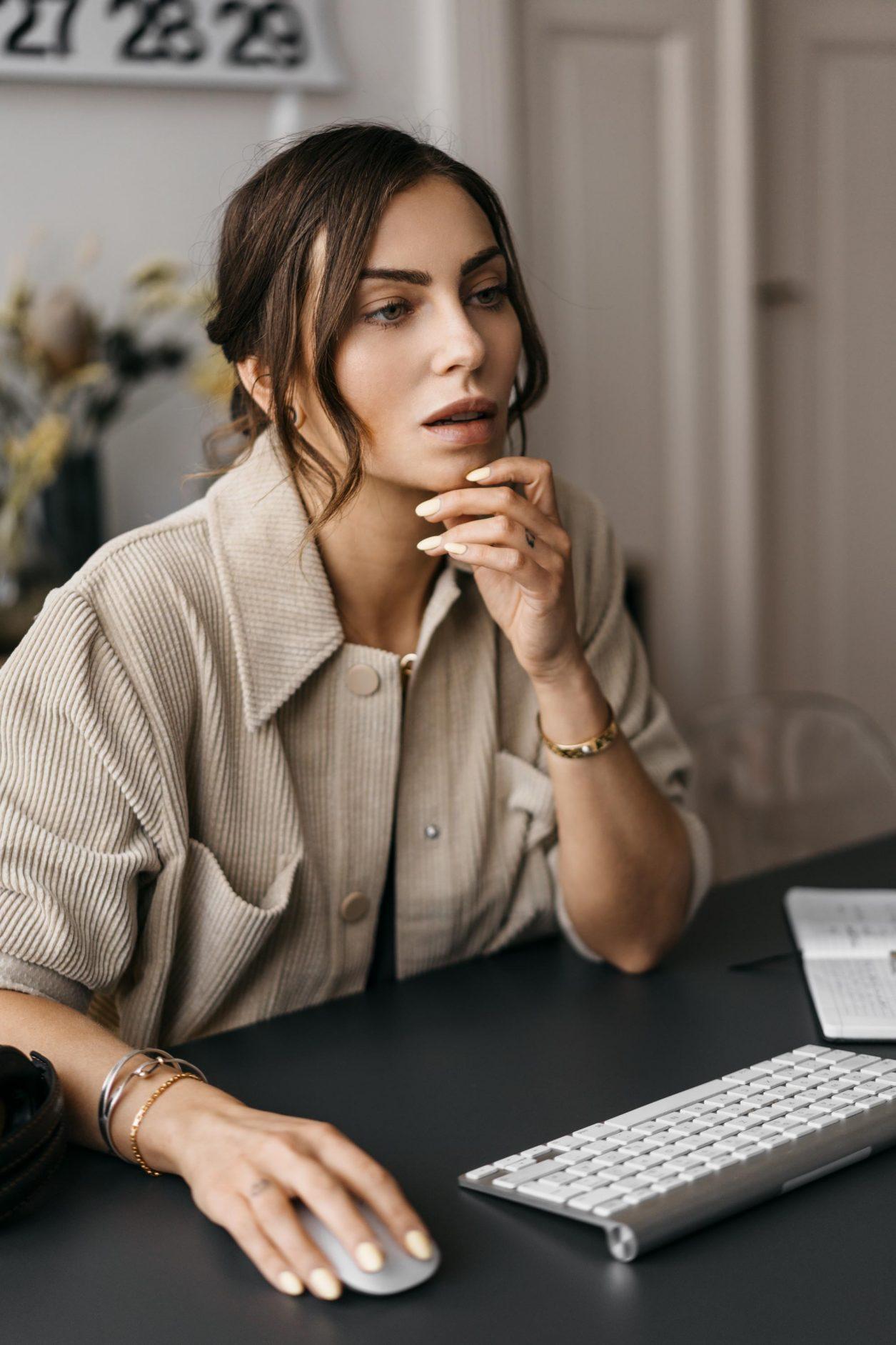 Home Office - meine Strategie | Von zuhause produktiv arbeiten - Tipps von Fashion Blogger Masha Sedgwick