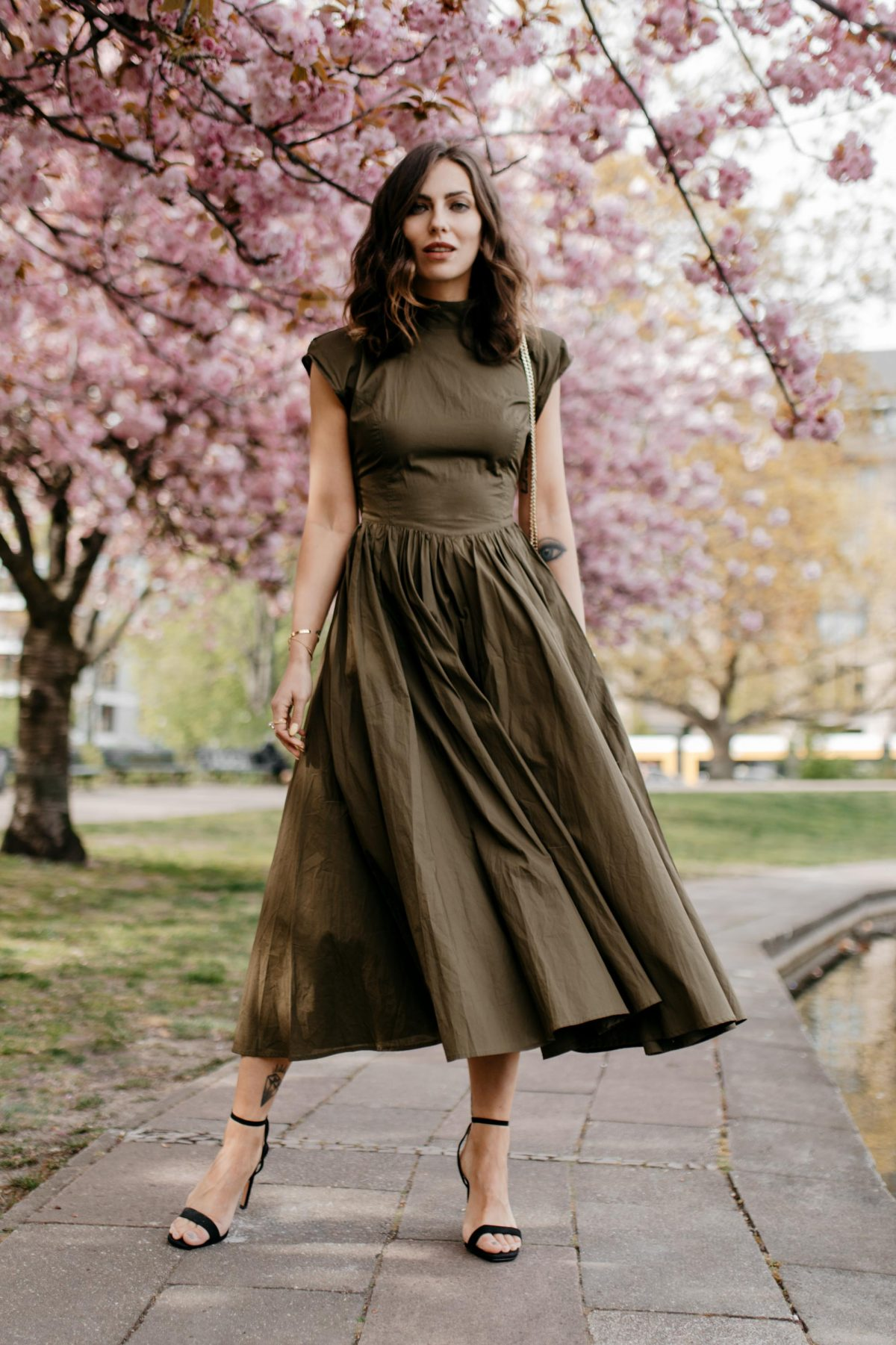 The Khaki  Midi-Dress