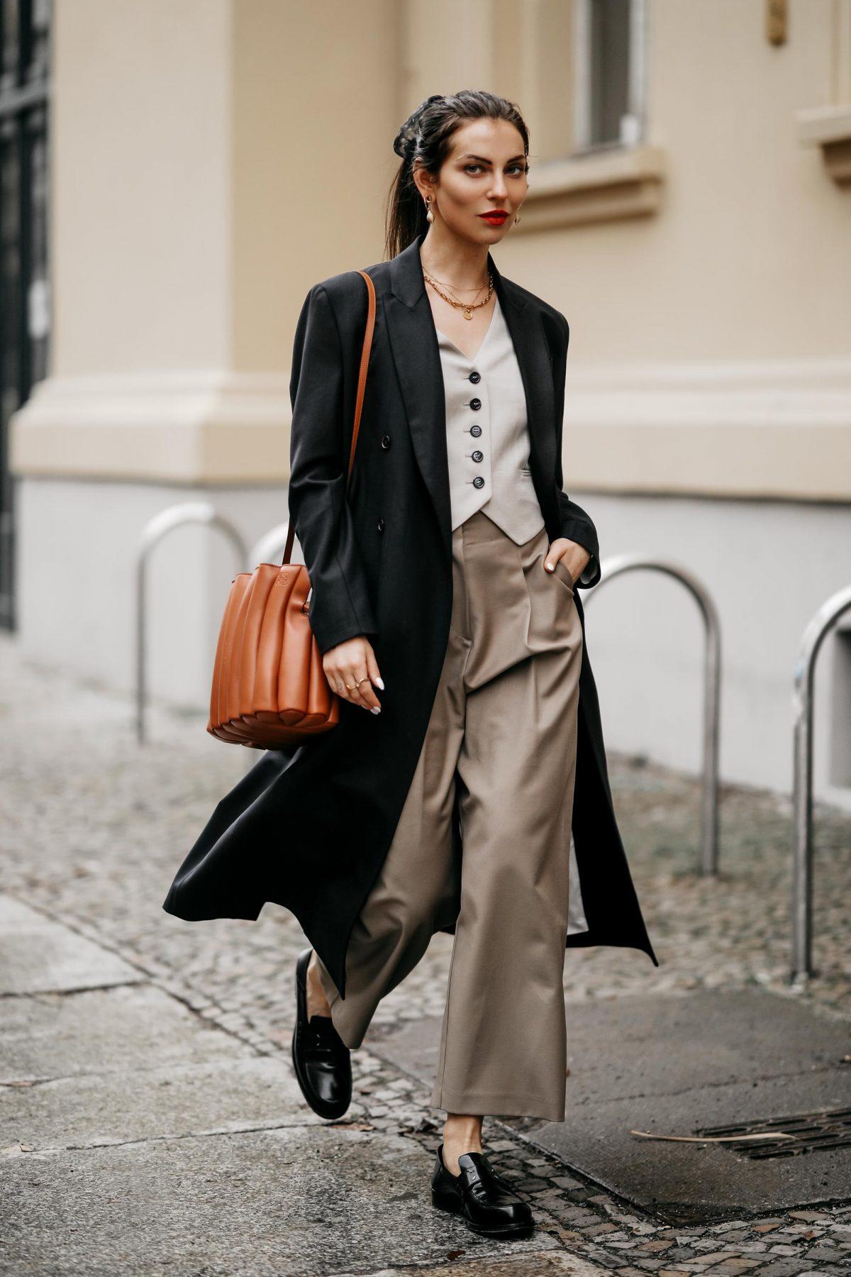The Business Parisienne